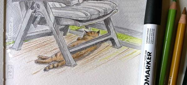 Siesta - Kater Hero beim Mittagsschlaf auf dem Balkon