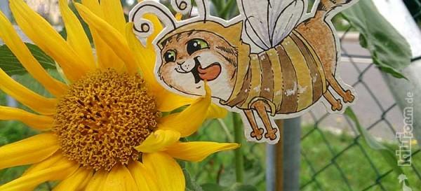 Von Bienchen und Blüten - Daily Illu Tag 27.
